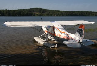 Ikarus C42 AULA on Floats